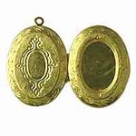 Oval Locket - 33mm x 23mm with a 18mm x 13mm oval recess