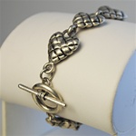 Wholesale Antique Silver Hearts Necklace Charming puffed hearts bracelet with toggle clasp, 7 1/2""